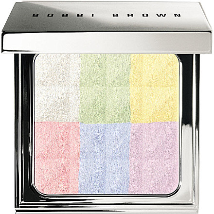 Bobbi-Brown-Brightening-Finishing-Powder